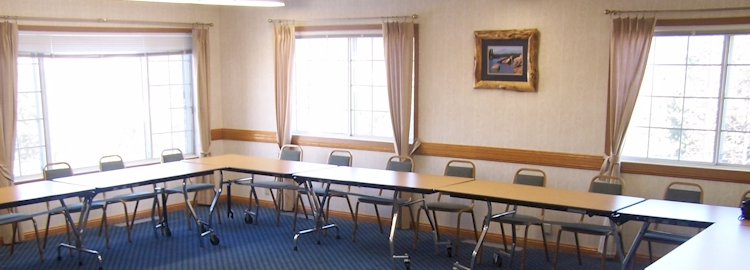 Plan your next group meeting or family reunion at the Country Lodge.